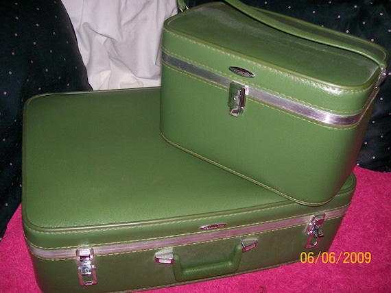 Vintage suitcase set matching suitcase and train case price - Vintage suitcase ...