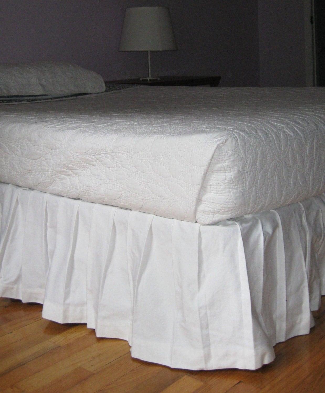 box pleated bedskirt size