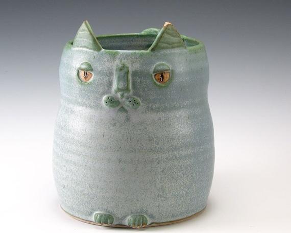 Blue Kitty Yarn Holder