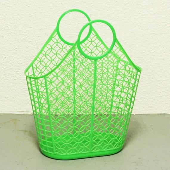 Vintage beach basket tote plastic green by oldcottonwood