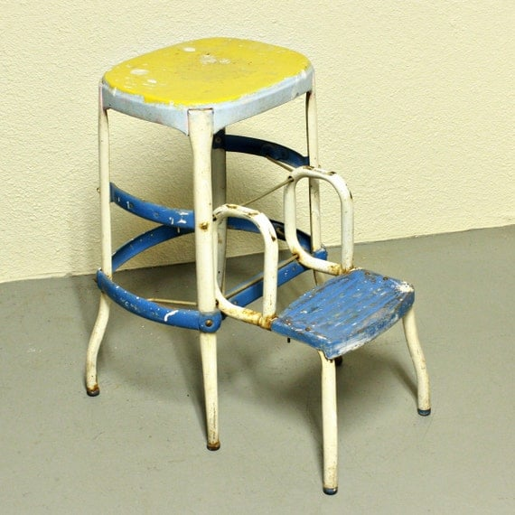 Vintage stool - step stool - kitchen stool - Cosco - chair - pull-out steps - blue yellow white - metal
