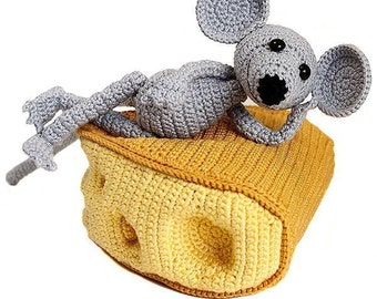 Chuck Cheeser, amigurumi pattern, pdf crochet tutorial by Katja Heinlein, mouse, cheese