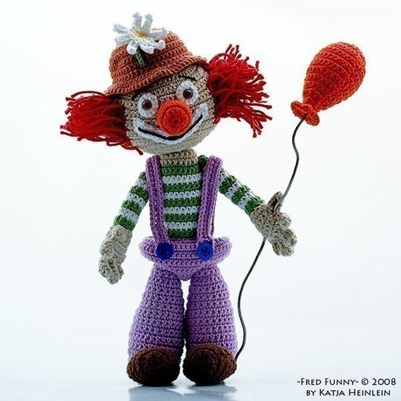 Clown Fred Funny, amigurimi pdf pattern figure circus by Katja Heinlein Häkelanleitung people kids birthday file crochet tutorial ebook