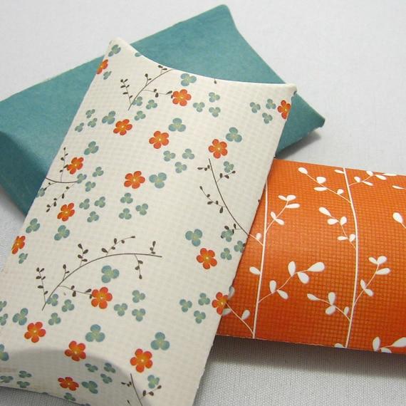 Pillow boxes with tags (set of 3)  - Little Sakura -