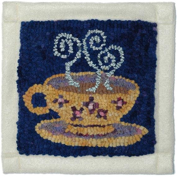 Wee Violets Teacup Hooked Ruglet