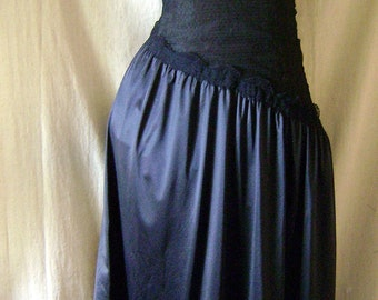 Black vintage nightgown slip size small