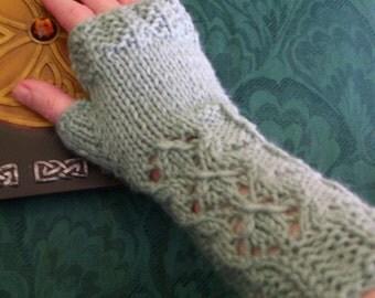 Delicate Desire Fingerless Gloves Digital Knit Pattern