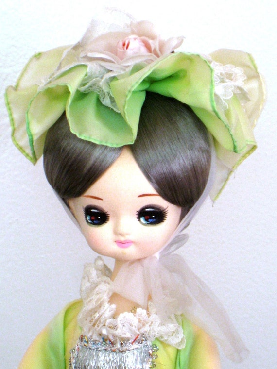 Vintage Japanese Pose Doll