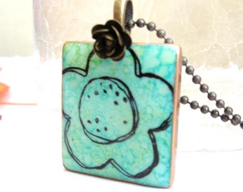 Big Flower Letter Tile Necklace with Antique Brass Chain