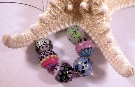 Handmade Lampwork Glass Bead Set- Fickle By SunDoorBeads