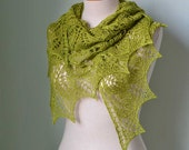 Lace knitted shawl pistachio green F553