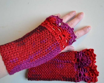 Red purple crochet gloves with lace trim F611