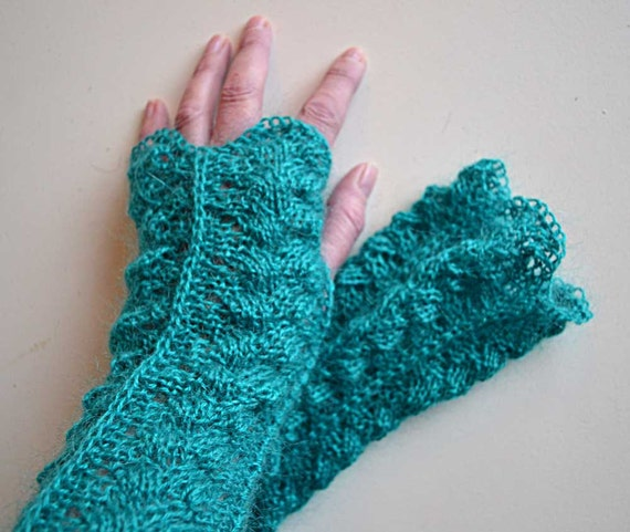Turquoise green lace knitted gloves  F629