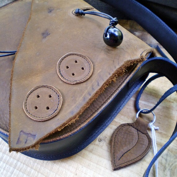 Handmade LARGE Leather bag, Button detail, Peanut butter and Black, GYPSY by Fairysteps 1723