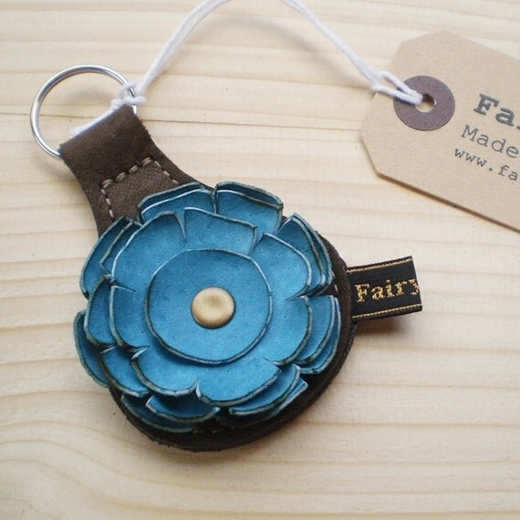 Handmade leather Key Fob, Key ring, Mole, Turquoise leather, RAGGLEBLOOM by Fairysteps