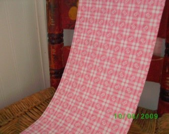 Cotton Quilt Fabric  White Floral on Pink Squares /Feedsack Print