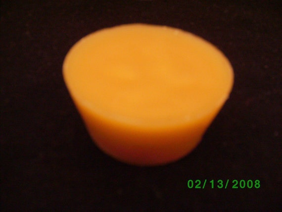 Pure Kentucky Beeswax 1 1/2  ounce Cake