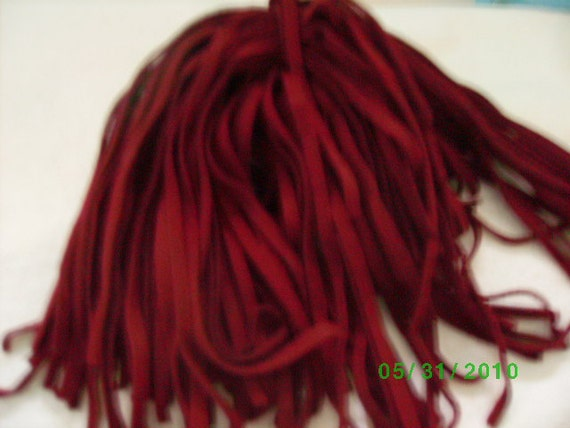 100 Hand Dyed Wool Rug Hooking Strips  Cranberry