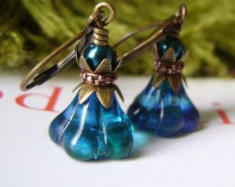 Teal Green Flower Earrings
