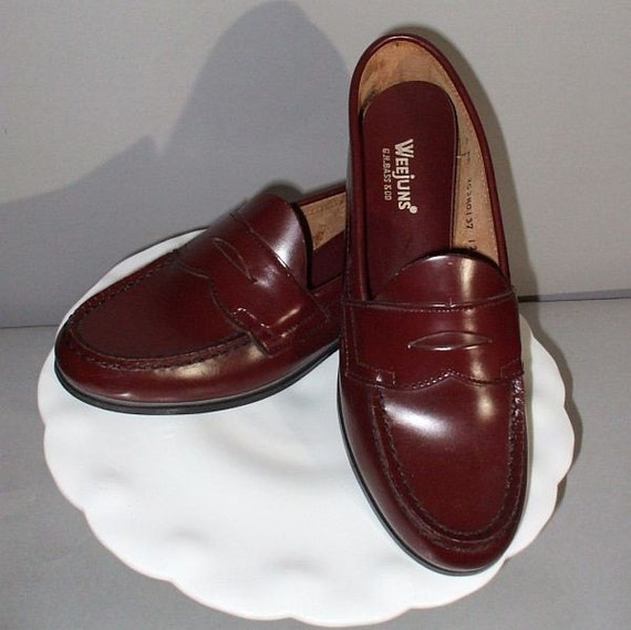 NOS Vintage 70s Bass Weejuns Shoes Original Penny Loafers