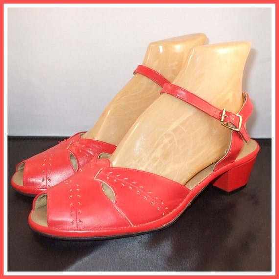 Vintage 70s 40s Shoes / Red Peep Toes / Pinup 40s Style / NOS / Sz 8.5