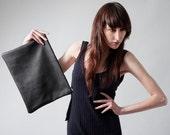 Portfolio clutch laptop sleeve black leather unisex