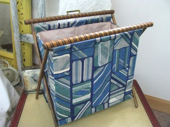 Vintage Sewing Knitting Bag Tote Caddy - Folding Wood Frame