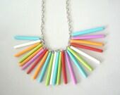 Fan necklace in many colours