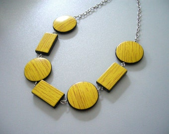 Yellow wood necklace