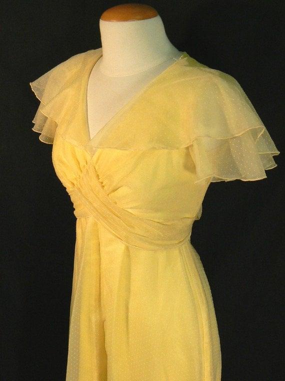 VINTAGE 60s - 70s Yellow Prom Dress sz. SMALL