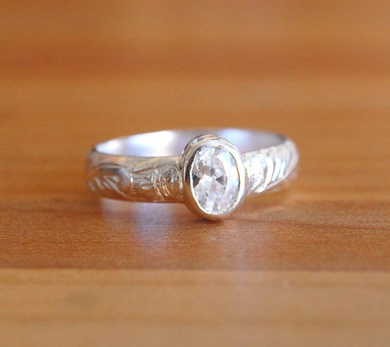 Silver Oval Cubic Zirconia Faceted Ring Size 6 1/4