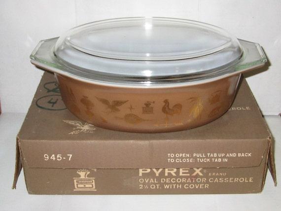 Pyrex Early American Oval 045 NIB