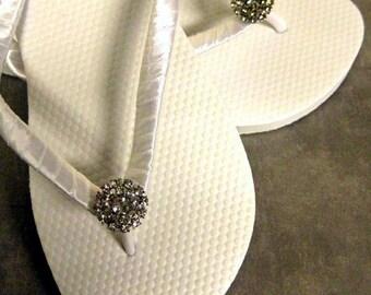 Victoria Bridal Flip Flops, Custom Flip Flops, Rhinestone Dancing Shoe, Bridal Sandals, Wedding Flip Flops, Beach Wedding Bridal Shoes