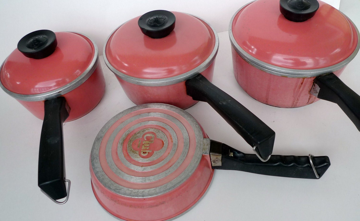 Antique Cookware Club Cast Aluminum Salmon Pink By Cozystudio