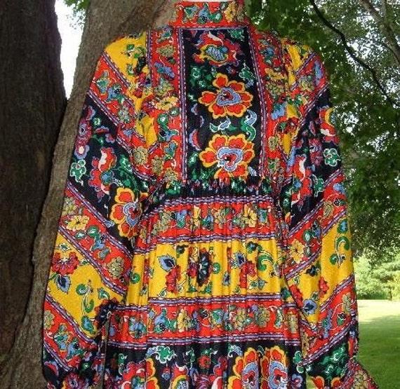 Vintage 70's Ethnic Folk Folkloric Festive Ukrainian Peasant Princess Hippie Maxi Dress S