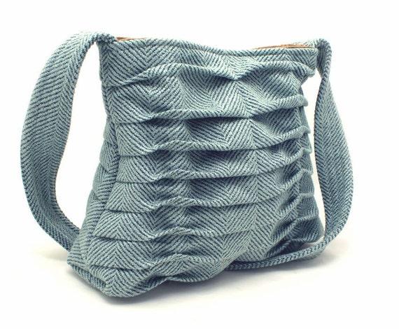Purse Handbag Pleated in Pale Blue Spring Fashion