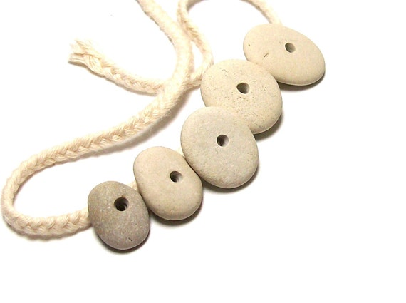 """Beach Stones Stack - Organic Eco Friendly Focal Cairn Beads Pebbles """"5th Wheel"""" by StoneMe"""