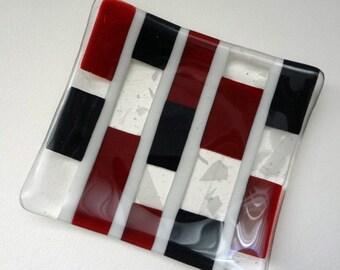 Modern Fused Glass Dish (TD10)