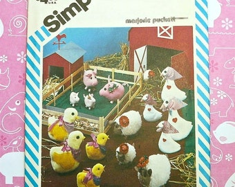 Vintage 1980s Barnyard Animals Pattern by Marjorie Puckett- Includes Goose, Chick, Lamb, and Pig in Two Sizes - Simplicity 6353