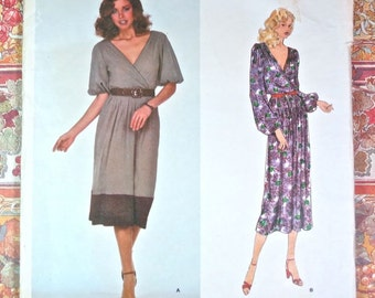 Vintage 1970s Albert Nipon Womens Dress Pattern with Front-Wrap and V-Neck - Vogue 2243