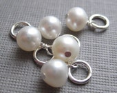 Priority shipping option - Include this Pearl Charm to your purchase and receive your package IN A WEEK