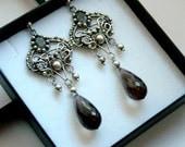 Victoriana - luxurious rich earrings, labradorite and smoky quartz