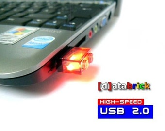 8GB to 16 GB USB Flash Drive in a original Lego® 1x2 Brick many available colours