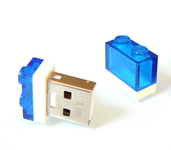 1GB Nano USB Stick in a 1x2 Lego Plate many colours available