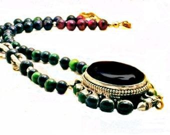 Nepalese Black and Green Onyx Ghau Box