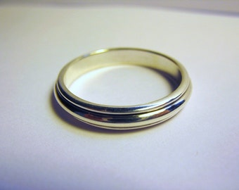 Small Double Round Ring