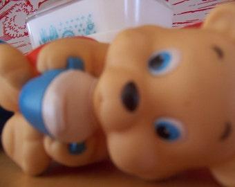 1985 hasbro squeeky bear