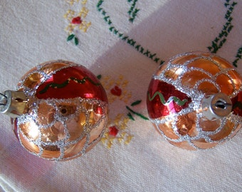 glitter and glass christmas ornaments