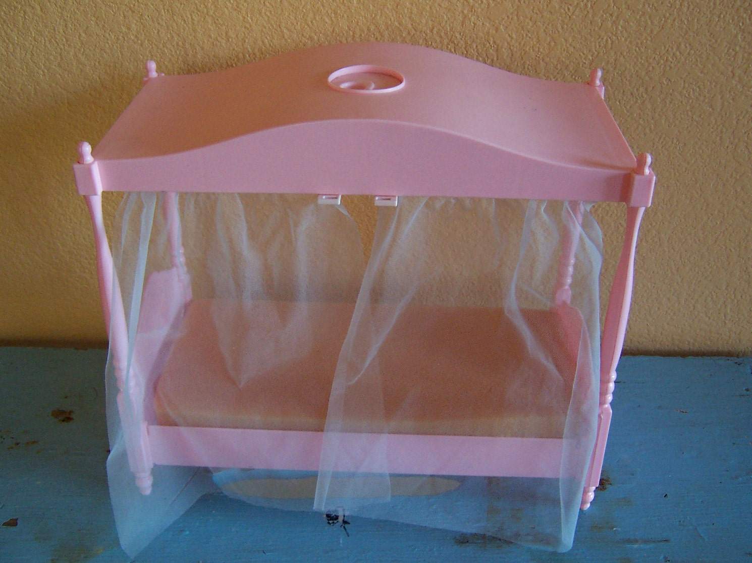 Bed canopy with fairy lights bangdodo - 1982 Barbie Canopy Bed By Ricracandbuttons On Etsy