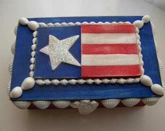 Beach Decor-Red white and blue-Shell-Embellished Box-free Shipping